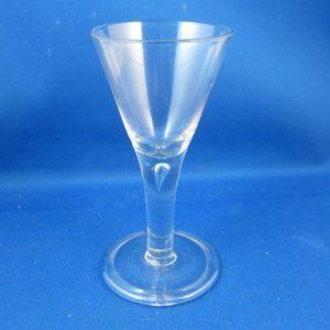 Drinkglas - 1e helft 18e eeuw