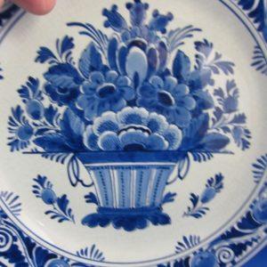 1932 - De Porceleyne Fles - bord met bloemenmand - 1932