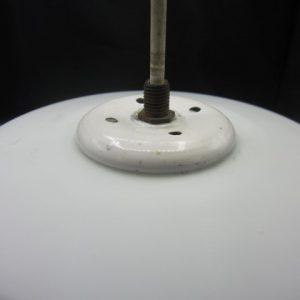 Opaline hanglamp met romantische silhouette tafereeltjes
