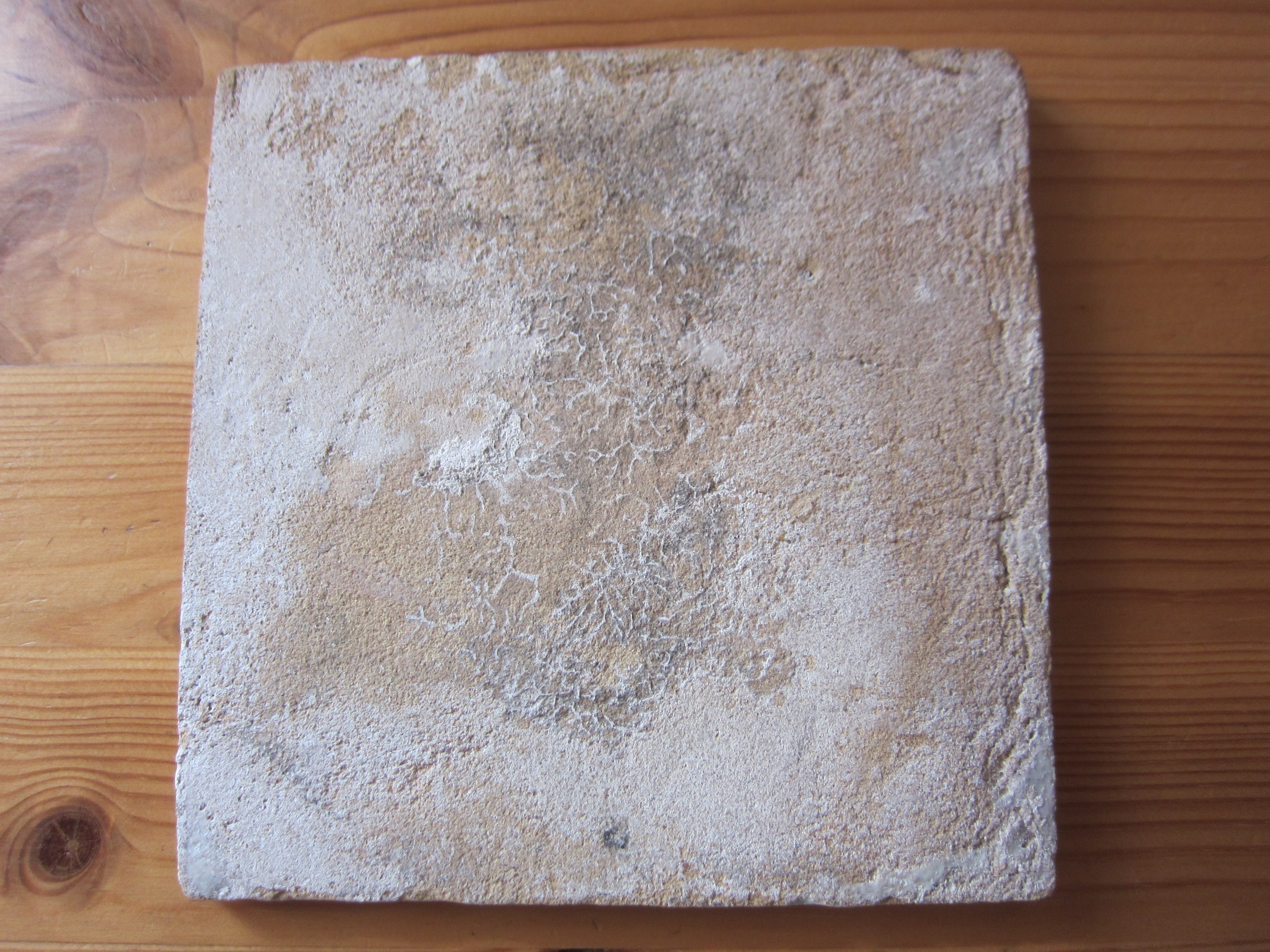 Antieke Makkumer Tegels : Antieke tegel met ruiter u ca u kruithuis antiek