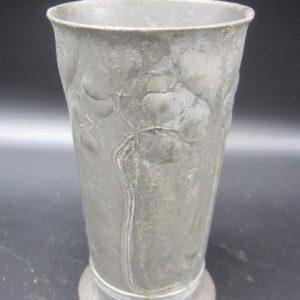 Orivit - tinnen jugenstil vaasje - ca 1900