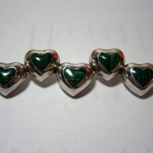 Zilveren hartjes broche met malachiet